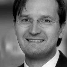 Dr. Köstner Stefan