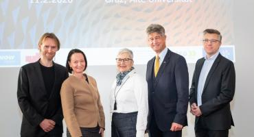 Christian Rechberger (Know-Center), CEO Stefanie Lindstaedt (Know-Center), Adelheid Merkl (FFG), Rektor Harald Kainz (TU Graz), Gerhard Schagerl (AVL List)