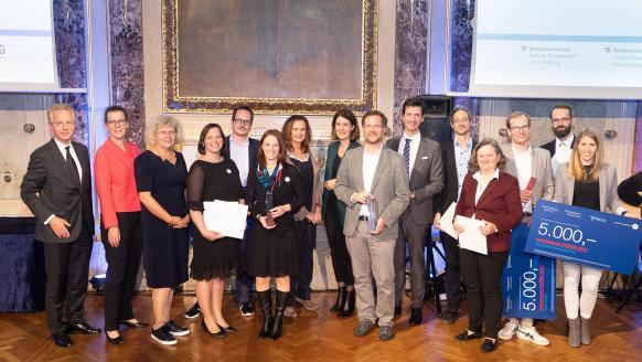 Bei der Verleihung des Gründerpreis PHÖNIX 2019 wurden die besten Frauenteams, Spin-offs, Start-ups und Prototypen ausgezeichnet. Fotocredit: aws/Marin Lusser