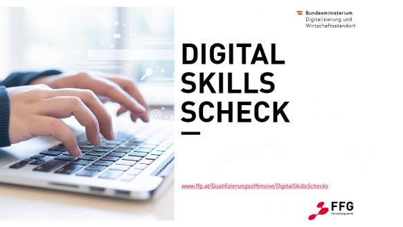 Hände auf einer Computertastatur. Text Digital Skills Schecks. Logo von BMDW und FFG