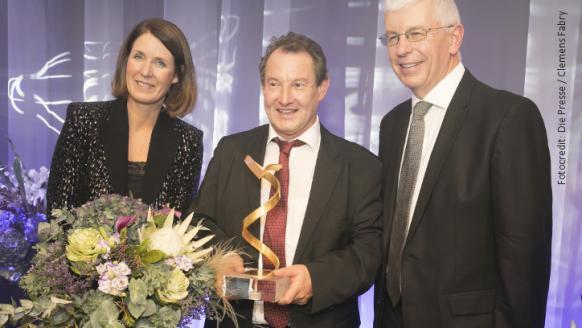 Henrietta Egerth, Wolfgang Kern und Klaus Pseiner bei der Preisverleihung